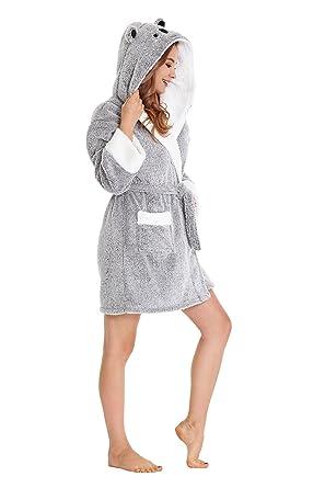 e84c3dadb6 TIMSOPHIA Robes for Women Bathrobe Robe with Hood Spa Robes Fun Robes for  Women (Gray