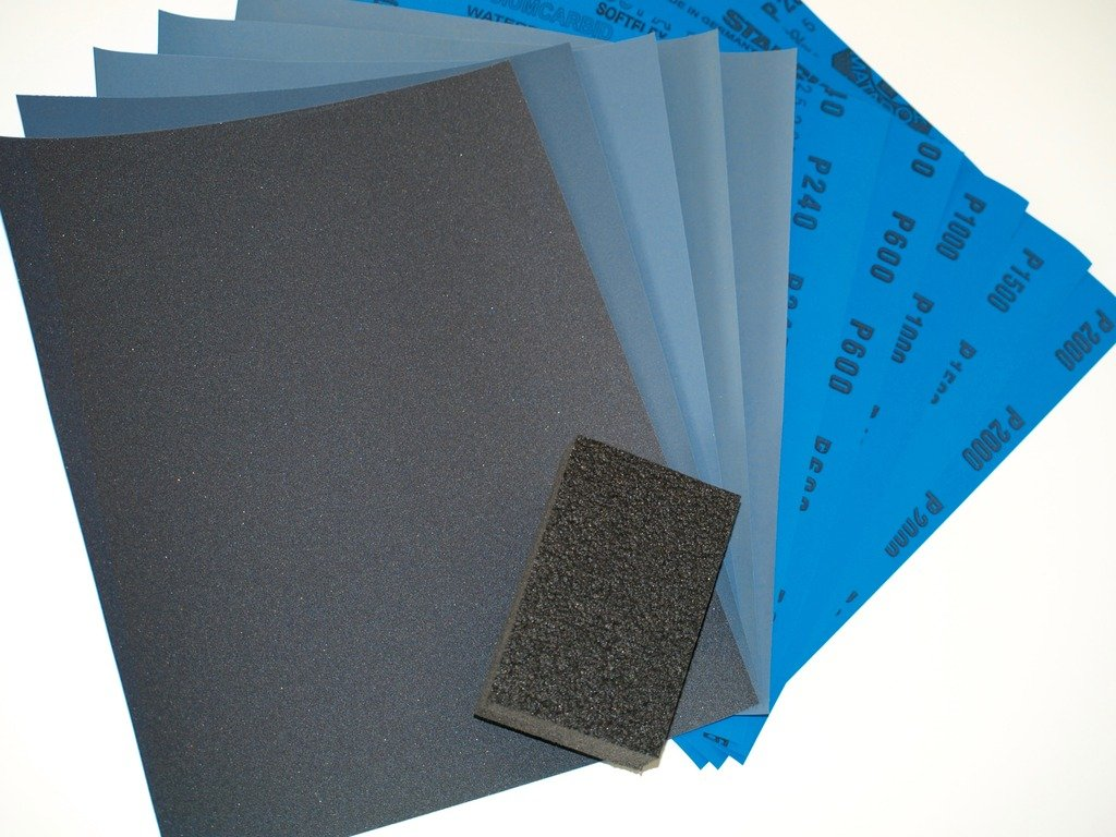 Wet and Dry Sandpaper Kit with Flatting/Sanding Block 240/600/1000/1500/2000 Mixed Grits. Equal Amounts of each Grit. 5 Sheets to 1000 Sheets You Choose Pack Size. Highest Quality Silicon Carbide Waterproof Paper. STARCKE
