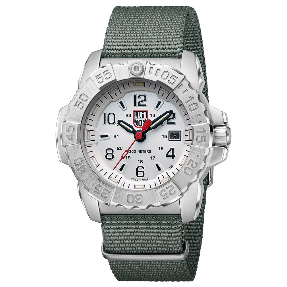 Amazon.com: Luminox Mens SEA Stainless Steel Swiss-Quartz Watch with Nylon Strap, Grey, 24 (Model: 3257: Watches