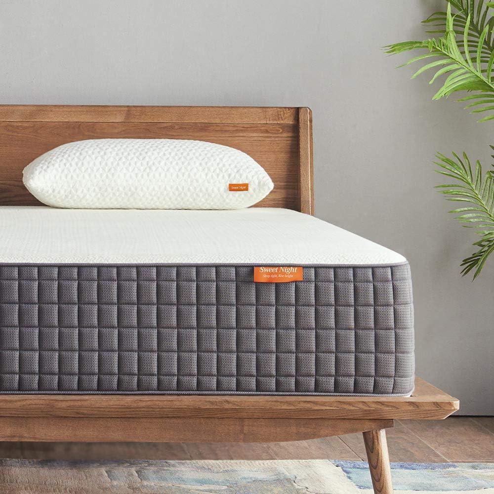 Sweetnight SN-M002-K Breeze 12 Inch King Size Mattress Medium Firm, Ventilated Memory Foam Mattress for a Deep Sleep, Supportive & Pressure Relief, White Gray: Furniture & Decor