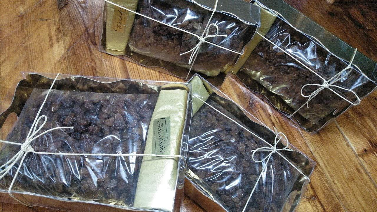 Caja Regalo de Pasas Sultanas o Pasa Thompson 500 grs en caja Color Oro y tapa transparente .Frutos Secos, Regalos Ideal Navidad, Reyes Magos, Fiestas o Días Especiales