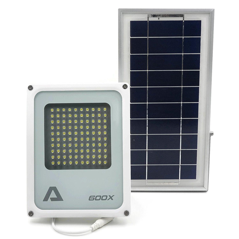 ALPHA 600X Flood Light ソーラーフラッドライト、3レベル電源と明度コントロール、リチウムバッテリー、農場、芝地、家庭の庭、遠隔地の山小屋、裏通り、公共エリア用のセキュリティフラッドライト及びエリア照明用 B017K575ZK