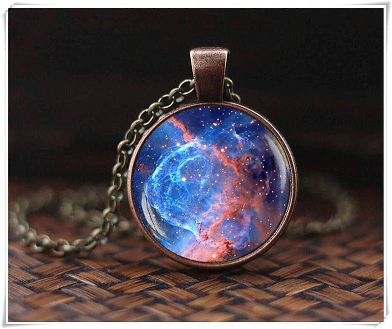 Blauer Weltraum Sonnenaufgang Anh/änger Nebel Galaxie Anh/änger Galaxie Kette Universum Schmuck Weltraum Halskette Ein sch/önes Geschenk