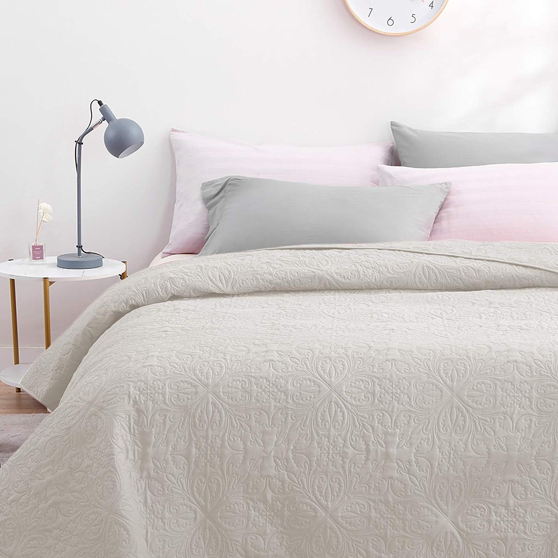 ARTALL Single Washed Bedspread Solid Color Quilt Bed Blanket Brushed Microfiber, Flower Pattern, Light Beige, 86