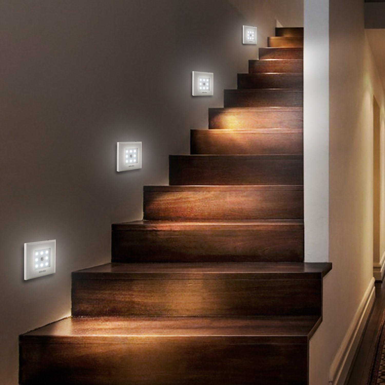 Albrillo Iluminación de Armario Inalámbrico Luz Nocturna 8 LED Funciona con Pilas y Sensor de Movimiento: Amazon.es: Iluminación