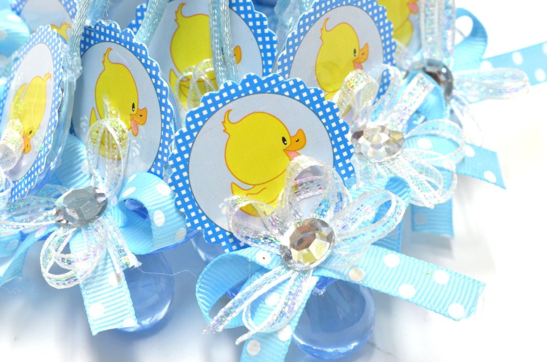 Amazon.com: Bebé ducha chupete collar pato design-baby ducha ...