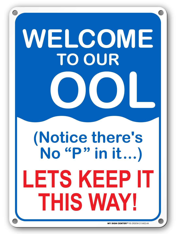 Cartel de bienvenida a nuestra piscina, con texto en inglés ...