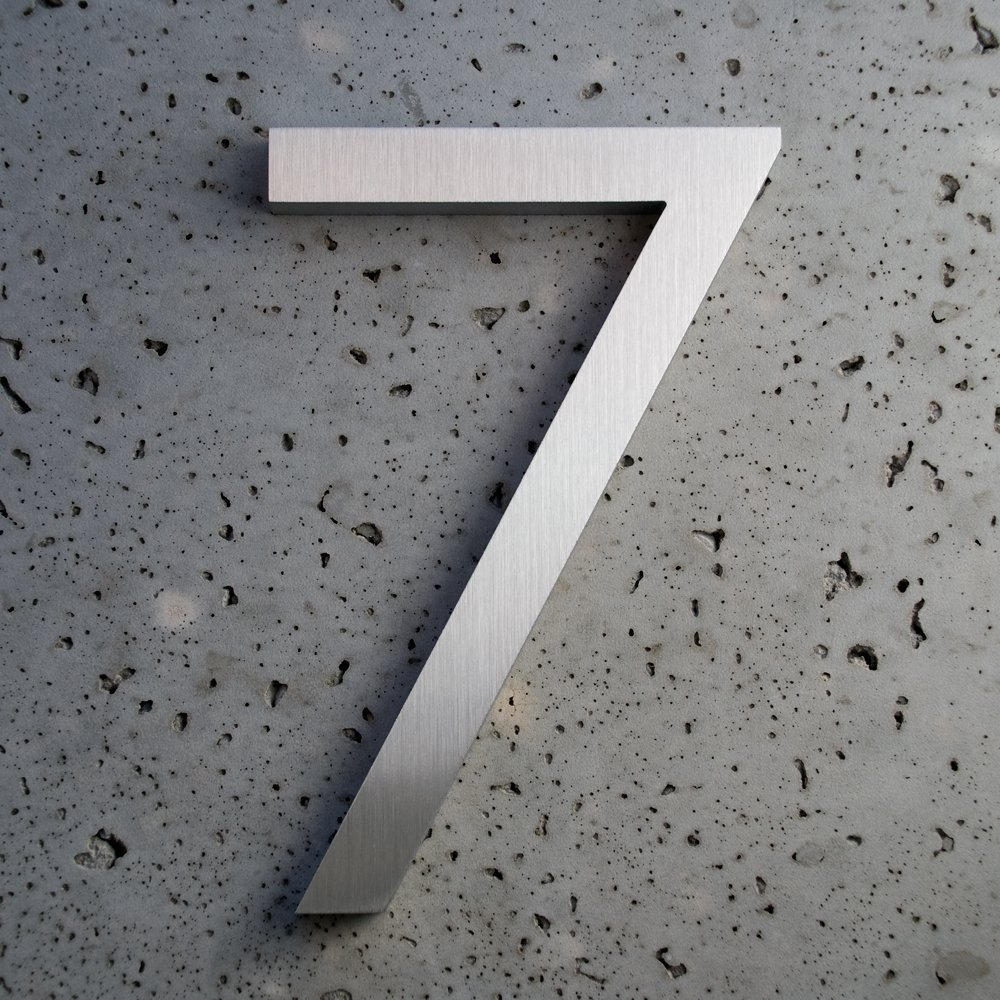 Amazon com modern house numbers brushed aluminum modern font number seven7 4 inch garden outdoor