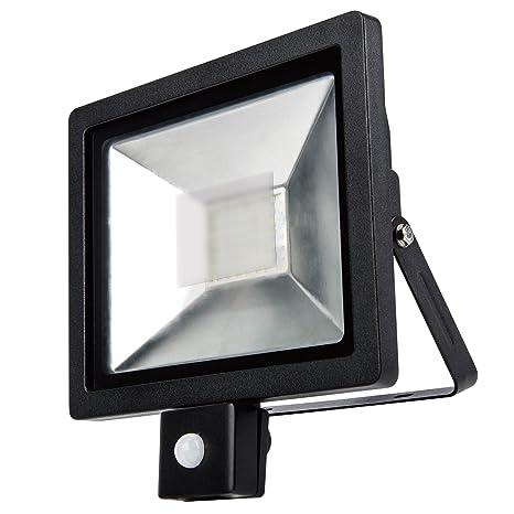 10w Flood Light // 100w Equivalent PowerSave Advanced Technology ~ Remote Control ~ Microwave Sensor ~ Slimline ~ Energy Saving LED ~ Security Flood Light ~