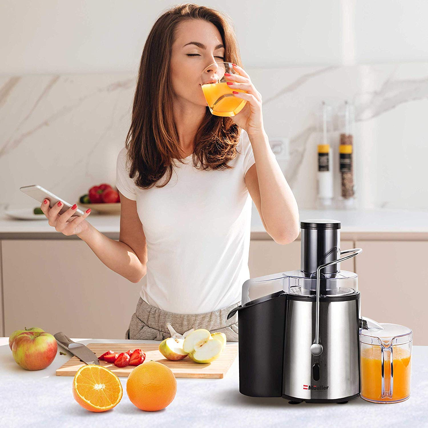 Juicer Ultra 1100W Power, Easy Clean Extractor Press Centrifugal Juicing Machine