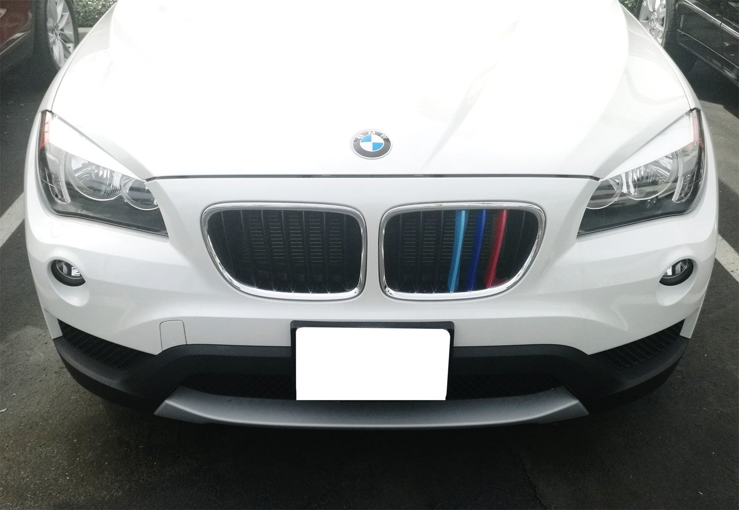 09-15 E84 X1 7-Beam grile Insert lanyun M Color X1 E84 Series Grille Insert Trims Stripes Decorate for 2009-2015 BMW X1 E84 Grill Stripes