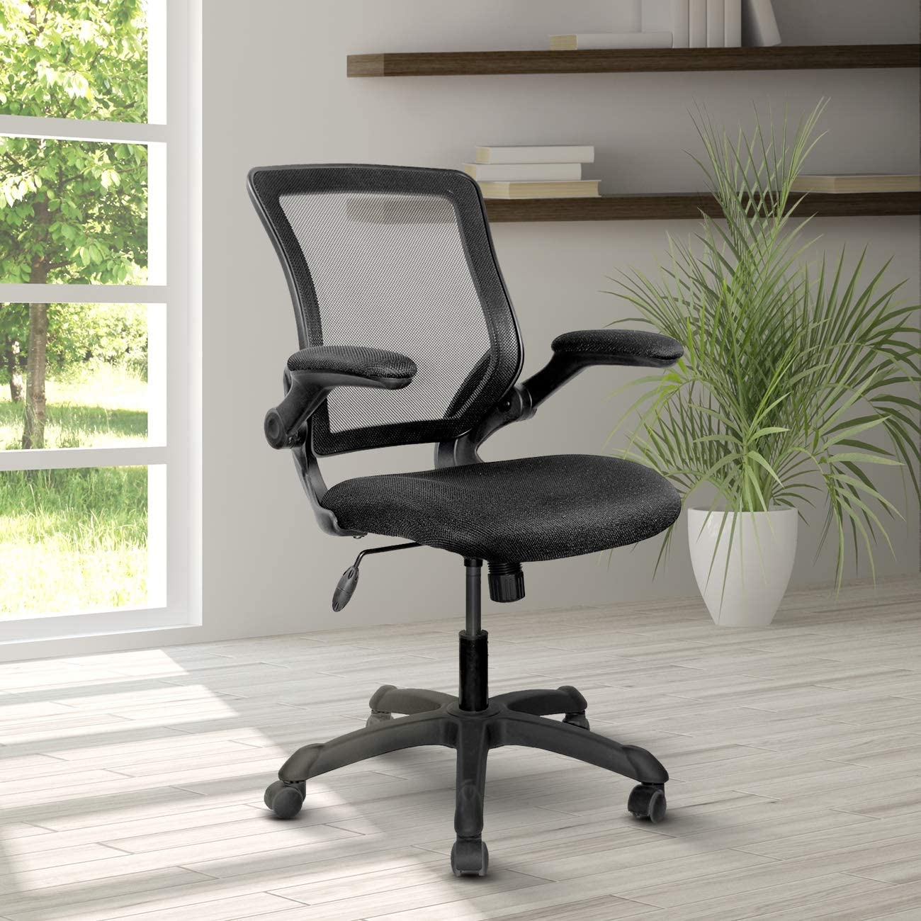 Mesh Task Office Chair with Flip Up Arms. Color: Blue black
