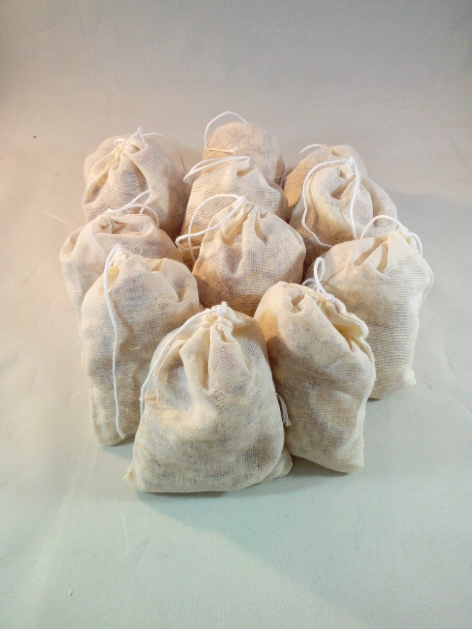 Set of 12 Natural Cedar Scented Sachets for Drawers Pillow Nightstand Closet Car Moth Repellent