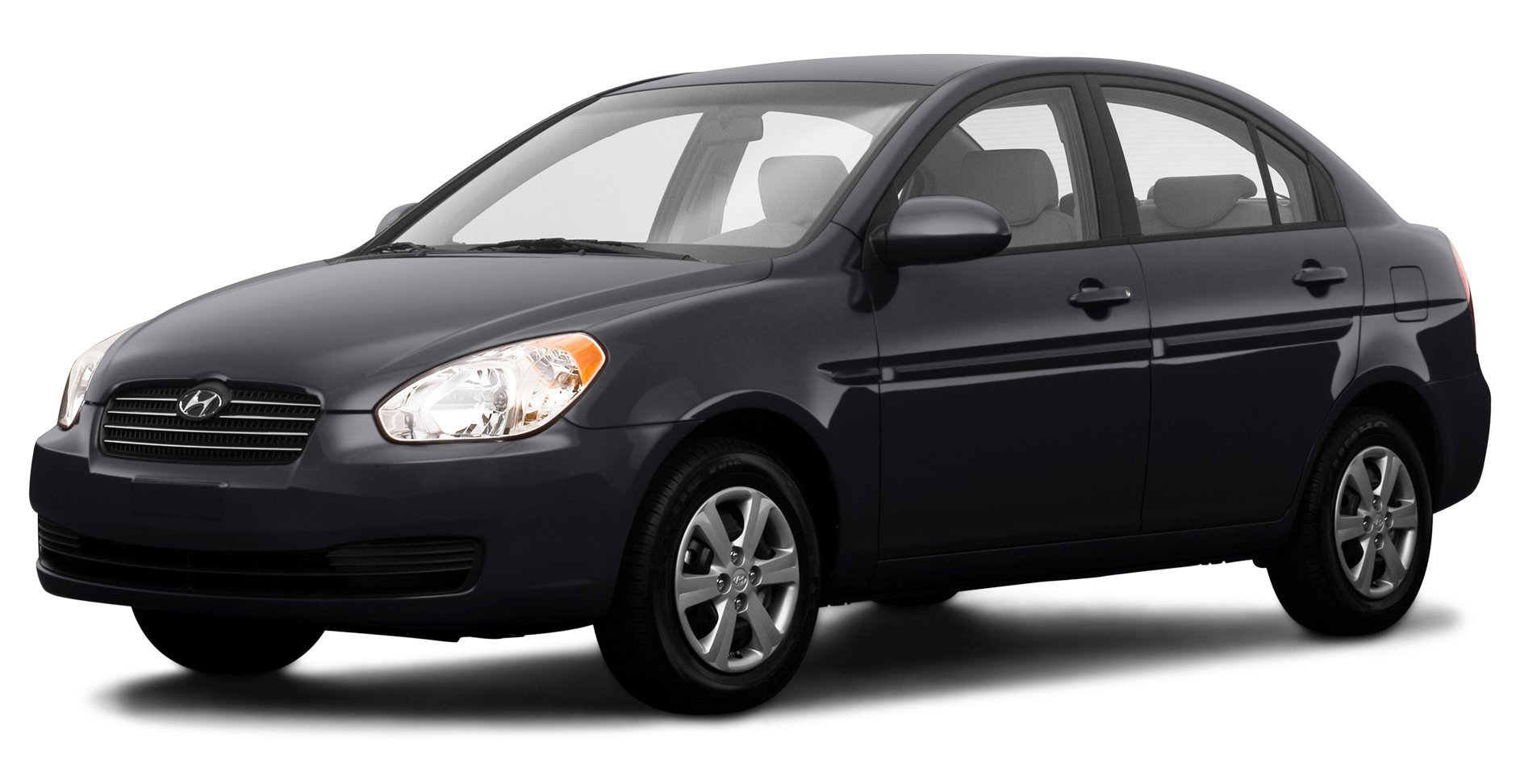 2009 hyundai accent reviews images and specs. Black Bedroom Furniture Sets. Home Design Ideas