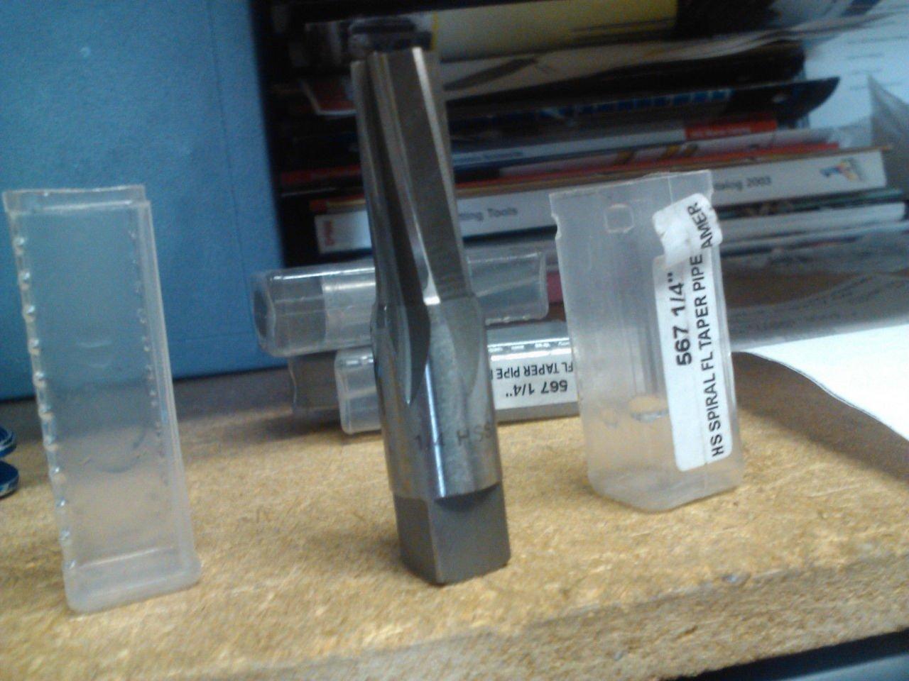 1//4 NPT HIGH Speed Steel Spiral Flute Taper Pipe Reamer