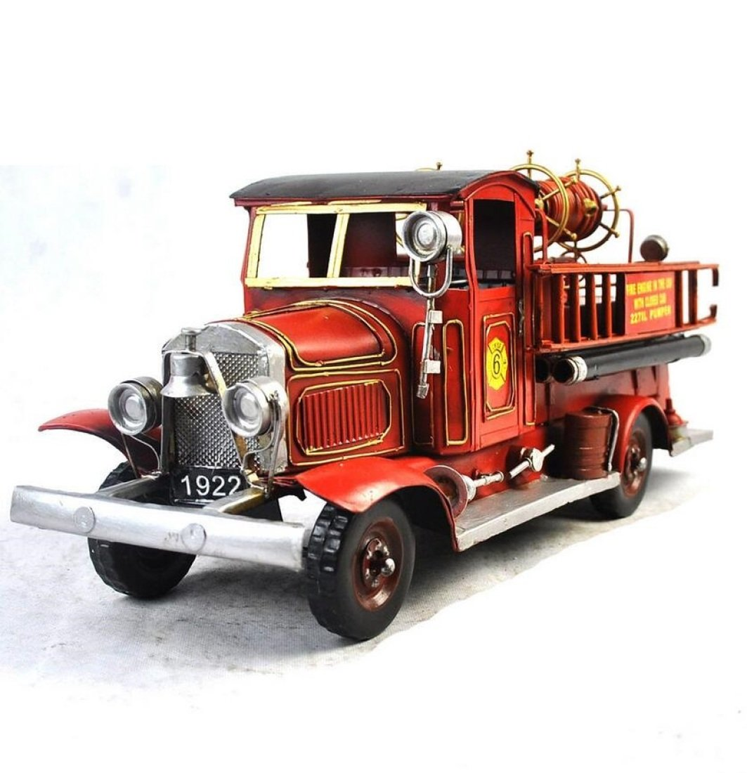 GL&G Hand made Iron art Crafts Fire truck model birthday present Home bar decoration Tabletop Scenes Ornaments Collectible Vehicles Photography props Keepsakes,421518cm