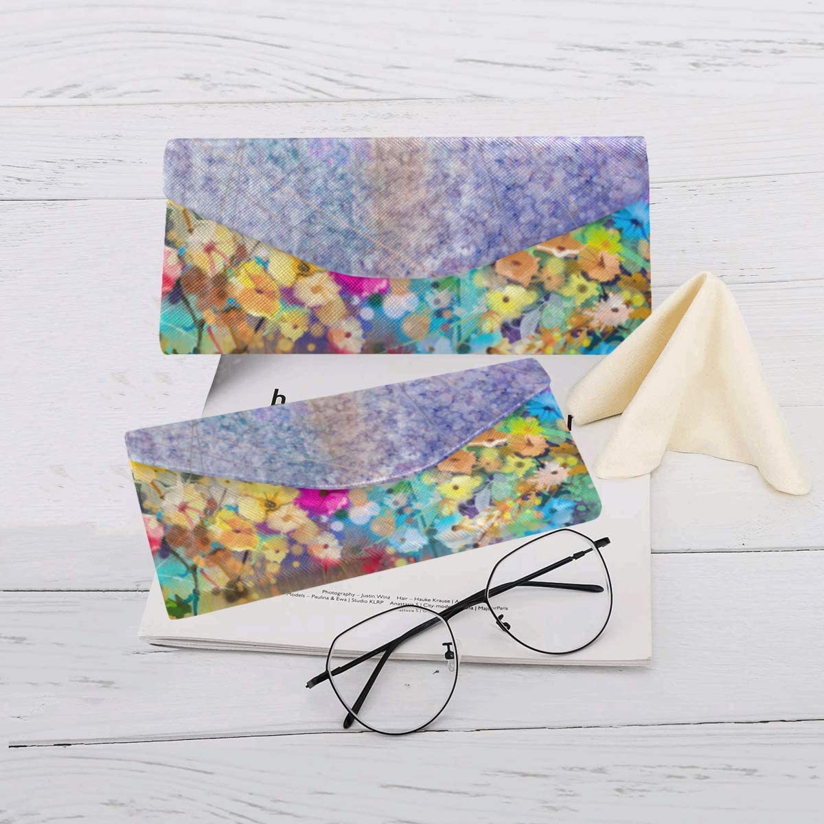 AnnHomeArt Colorful Flower Custom Foldable Glasses Case