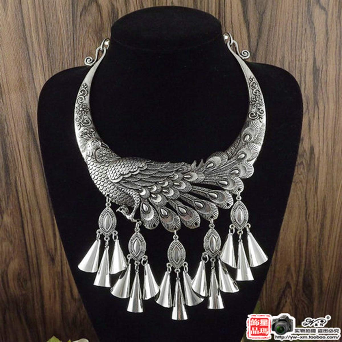 Libaraba Vintage Large Peacock with Cone Tassels Choker Necklace with Jewelry Box,Peacock Necklace for Women Antique Silver