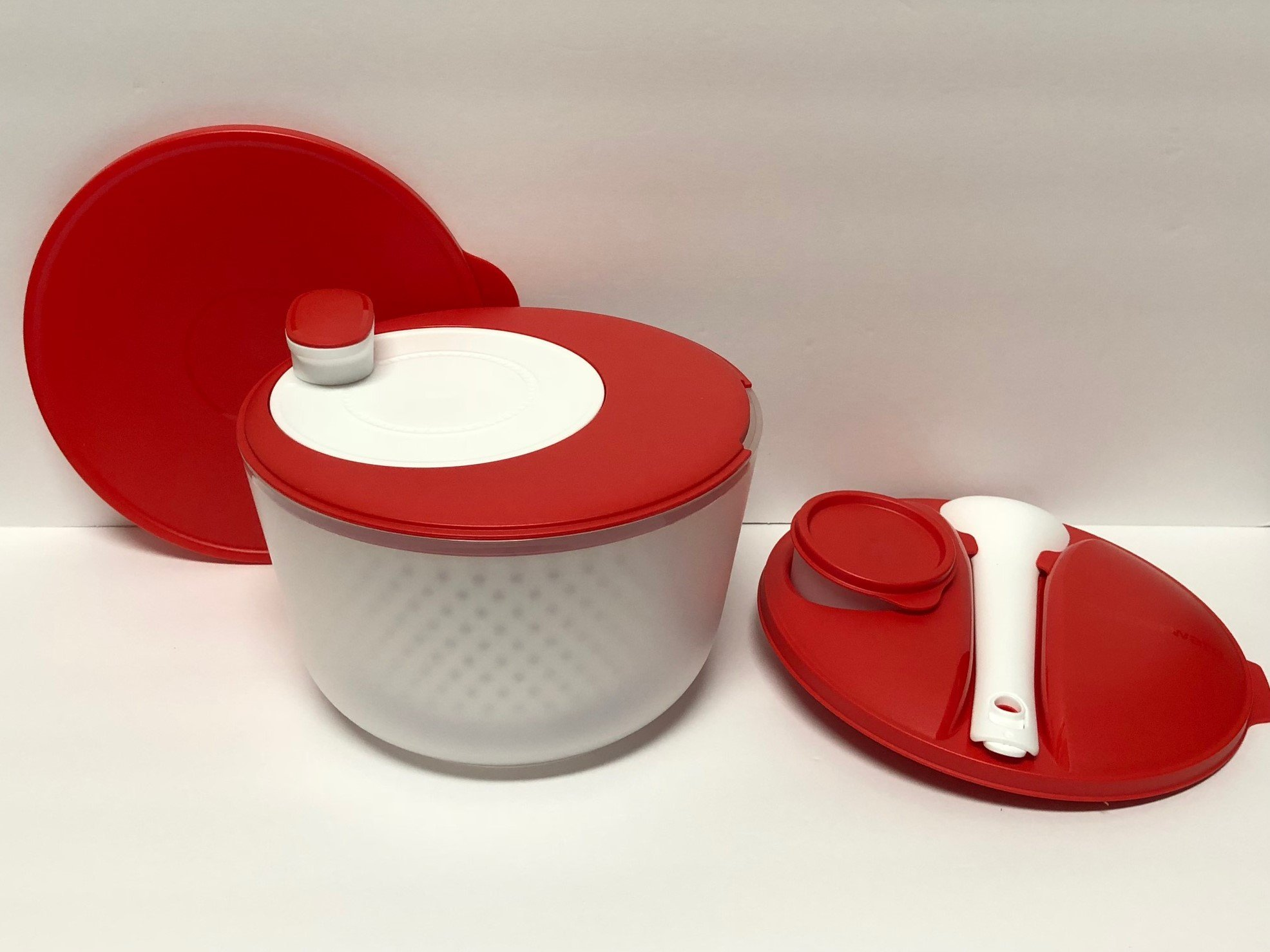 Tupperware Spin 'N Save Salad Spinner Chili Red