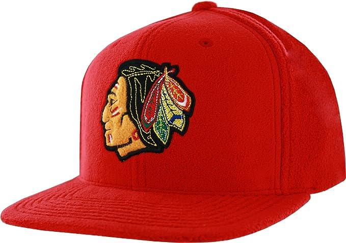 40153af6937 Amazon.com  Mitchell   Ness Chicago Blackhawks Micro Fleece ...
