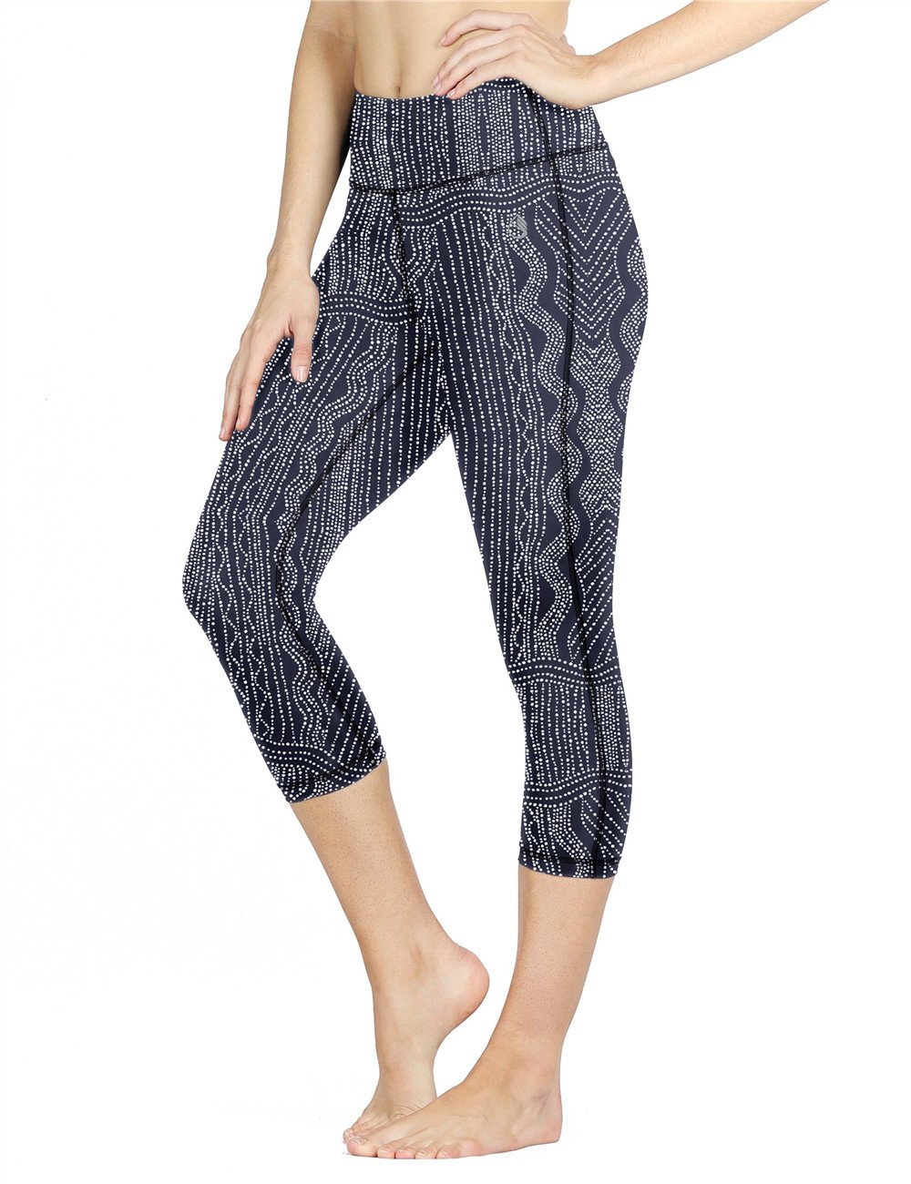 icyzone Women Workout Clothes Athletic Leggings Capri Activewear Hot Yoga Pants(M, Graphic Beads)