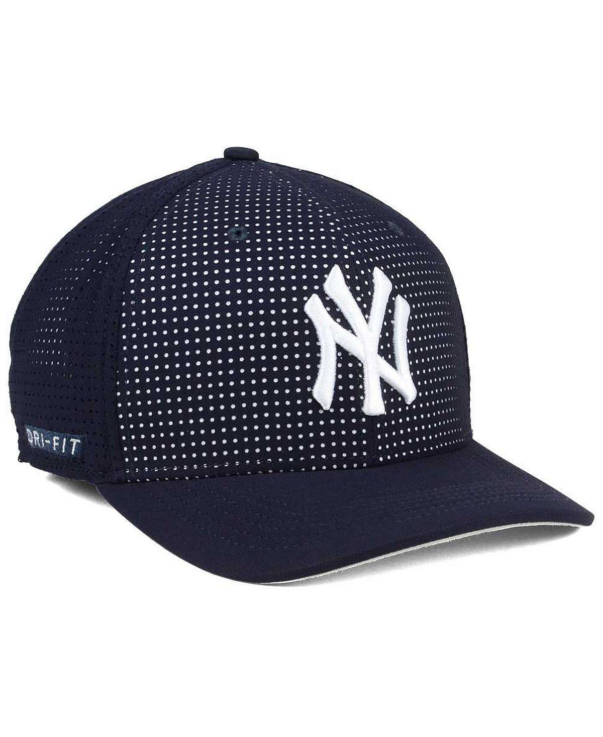 36a1655b84adf Nike New York Yankees MLB Vapor Cap: Amazon.co.uk: Sports & Outdoors
