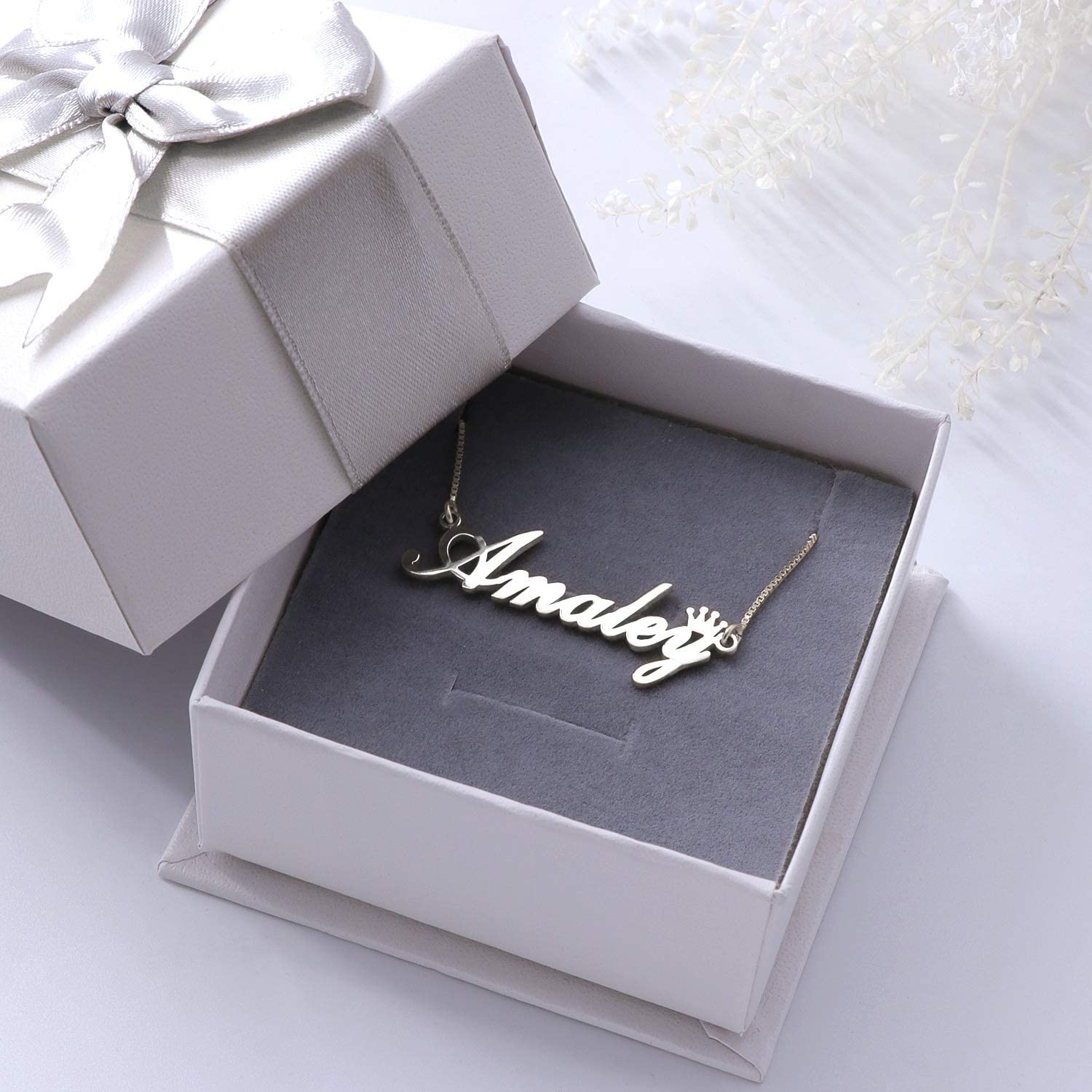 Fujin Personalized 925 Sterling Silver Crown Necklace Nameplated with Any Name for Mother Girl