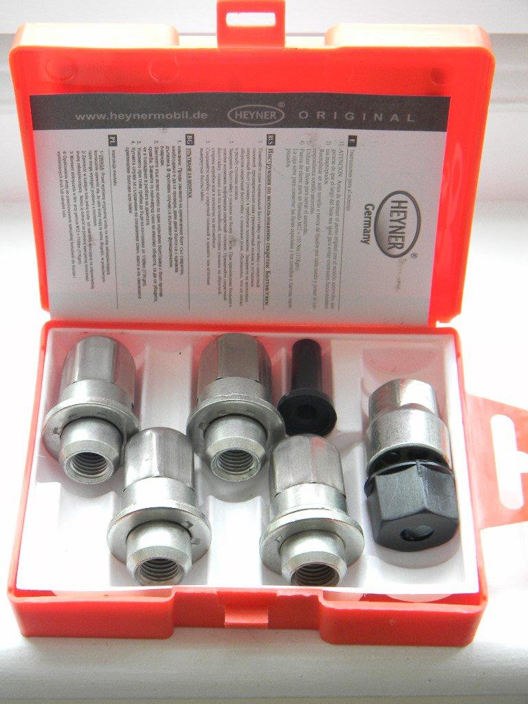 TOYOTA MR2 1990 LOCKING WHEEL NUTS M12x1.5