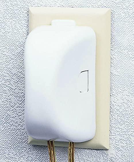 Safety 1st Plug N Outlet Covers - by Safety 1st: Amazon.es: Bebé