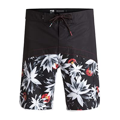 Quiksilver Men's Crypt Scallop 20 Boardshort: Clothing