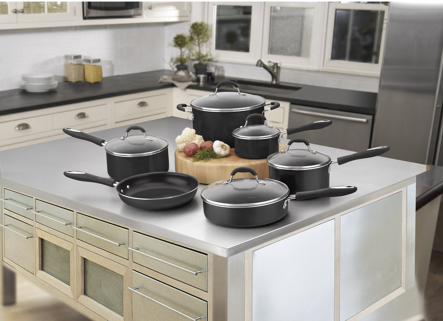 $99.99 (was $177.40) Cuisinart 55-11BK Advantage Nonstick 11-Piece Cookware Set, Black