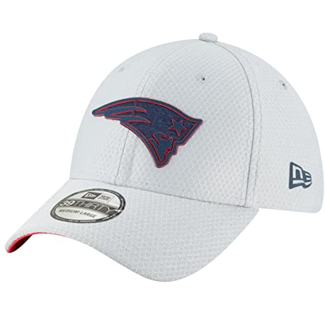Amazon.com   New Era New England Patriots NFL 2018 Training Camp Hat  (Large X-Large)   Sports   Outdoors 50cea1548a0