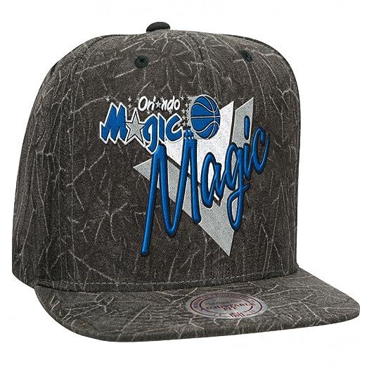 Mitchell   Ness - Orlando Magic - Crease Triangle Script Snapback ... d039e977e8fa