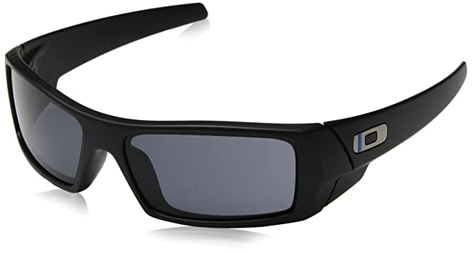 a3bb8df08a Amazon.com  Oakley Men s OO9014 Gascan Sunglasses  Clothing