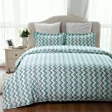 """Amazon Price History for:Duvet Cover Set with Zipper Closure-Zigzag Green Printed Pattern,Full/Queen (86""""x96"""")-3 Piece (1 Duvet Cover + 2 Pillow Shams)-110 gsm Ultra Soft Hypoallergenic Microfiber by Bedsure"""