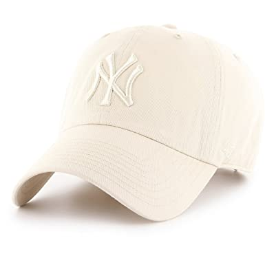 Amazon.com   47 New York Yankees Brand Tonal Clean Up Slouch Fit Hat ... eb65daaa9d7