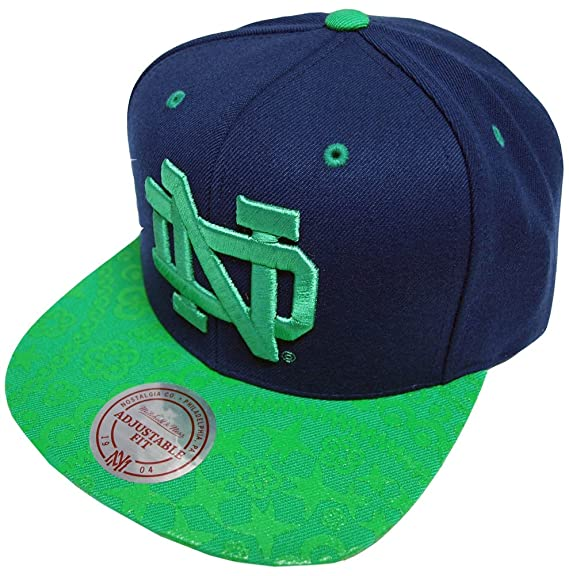 8862946bdda Image Unavailable. Image not available for. Colour  Mitchell   Ness Paisley  Notre Damme EU138 OSFA Snapback Cap Kappe Basecap