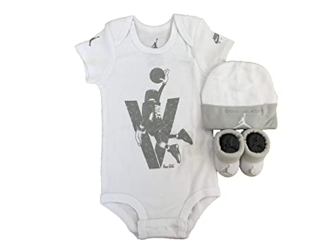 NIKE Infant Babys 3-Piece Bodysuit Hat   Booties Set  (White(IBSPJ0853) Light Grey 0-6 Months)  Amazon.in  Baby af0f413a117c