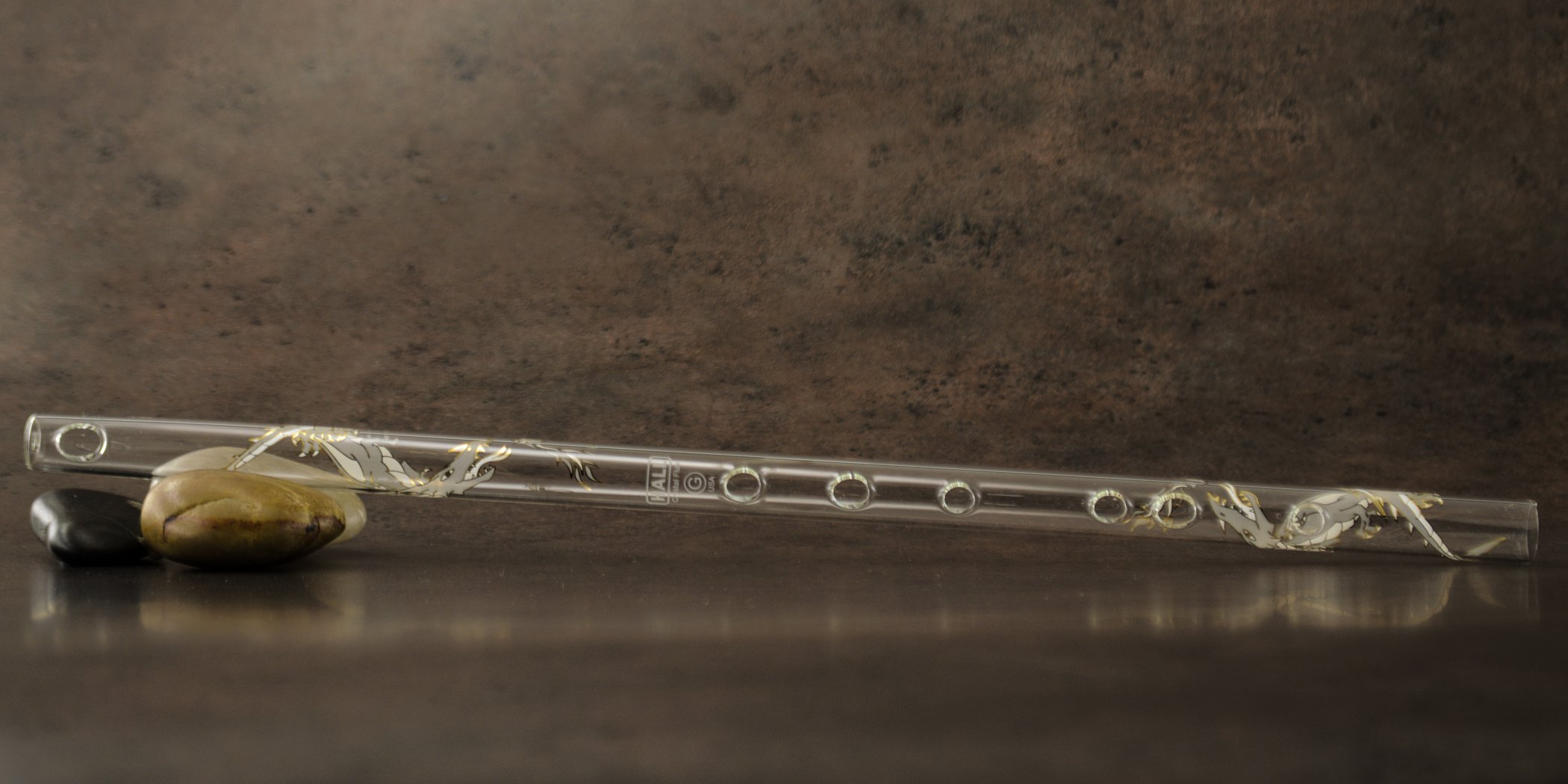 Hall Crystal Flute 11709 - Inline Glass Flute in G - White Dragon