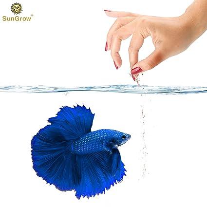 Betta Food Powder --- Fish Food Promotes Longevity - Gluten Flour imparts  color, promotes fin development - Spirulina boosts Immune System - Fish Oil