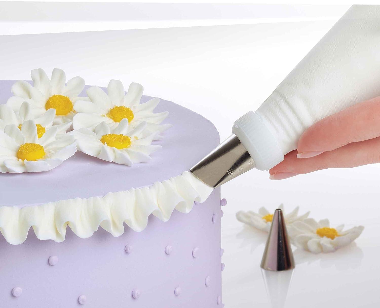 Amazon.com: Wilton 2109-0309 Ultimate Professional Cake Decorating ...
