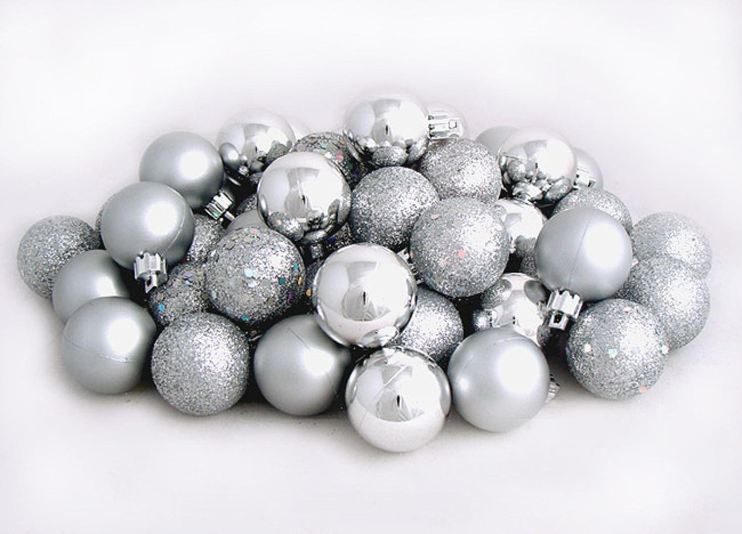 amazoncom 60ct silver splendor shatterproof 4 finish christmas ball ornaments 25 60mm home kitchen