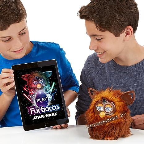 5010994915605 Furby Furbacca Figurine Star Wars Hasbro