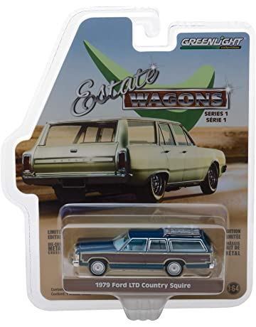 Greenlight 1:64 Estate Wagons Series 1-1979 Ford LTD Country Squire Midnight Blue