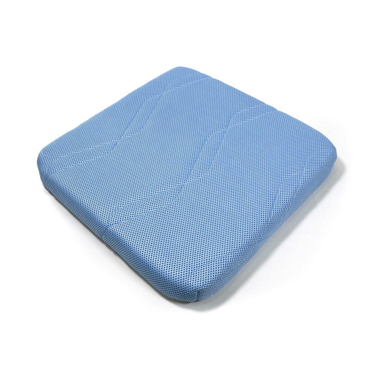 90%が空気で出来ている【エアネスト/シートクッション】高反発 3次元構造 腰楽 蒸れない快適な座り心地 通気性 洗える 専用カバー付き 5cm厚 サックスブルー