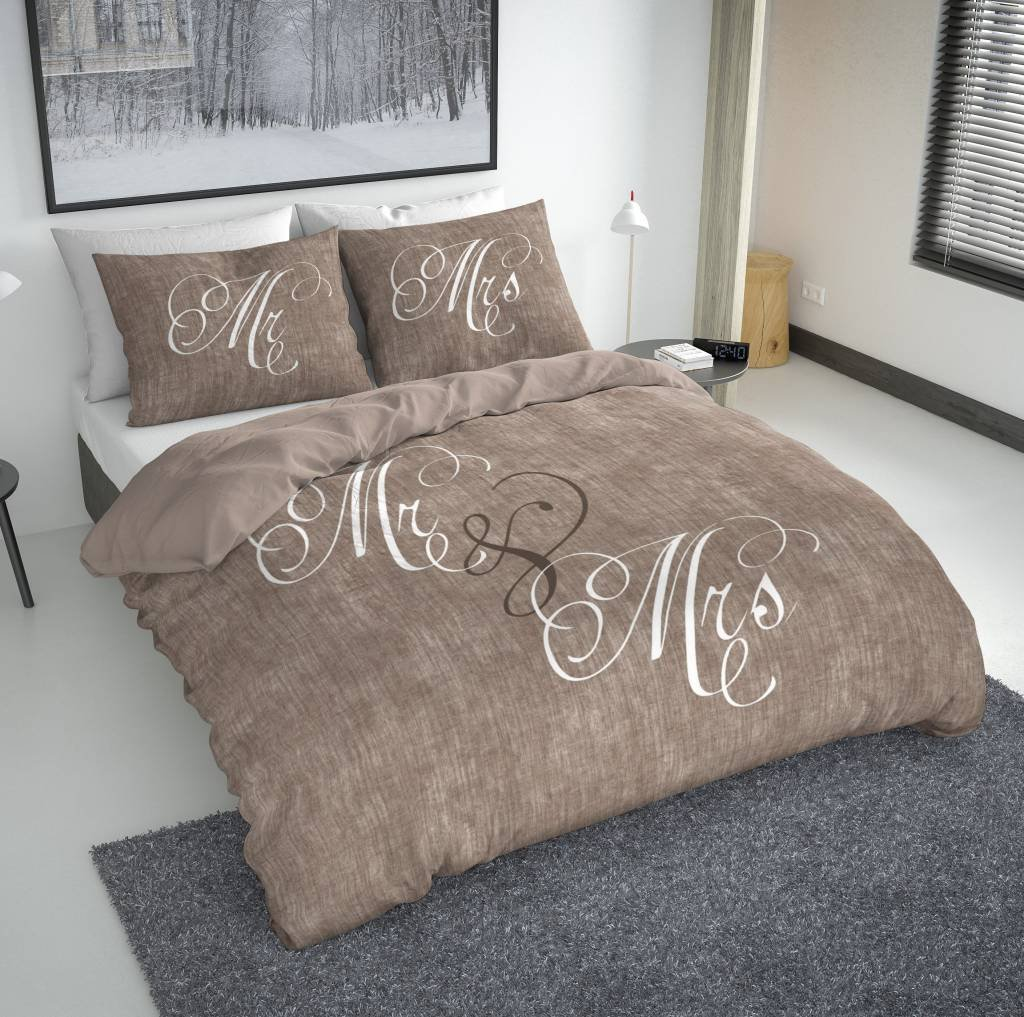 Nightlife - Bettwäsche / Bettbezüge Love Couple Camel - Braun - 140x200/220 - Mit 1 Kissenbezug 60x70 Ambianzz Bedding