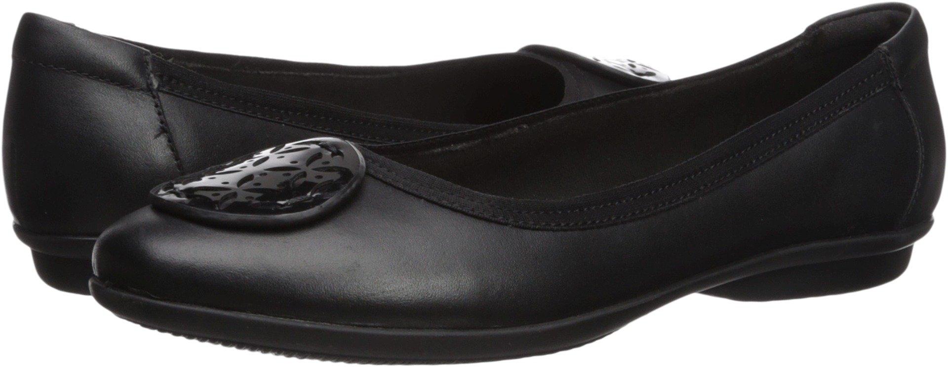 CLARKS Women's Gracelin Lola Ballet Flat Black Leather/Synthetic Combo 7 Medium US