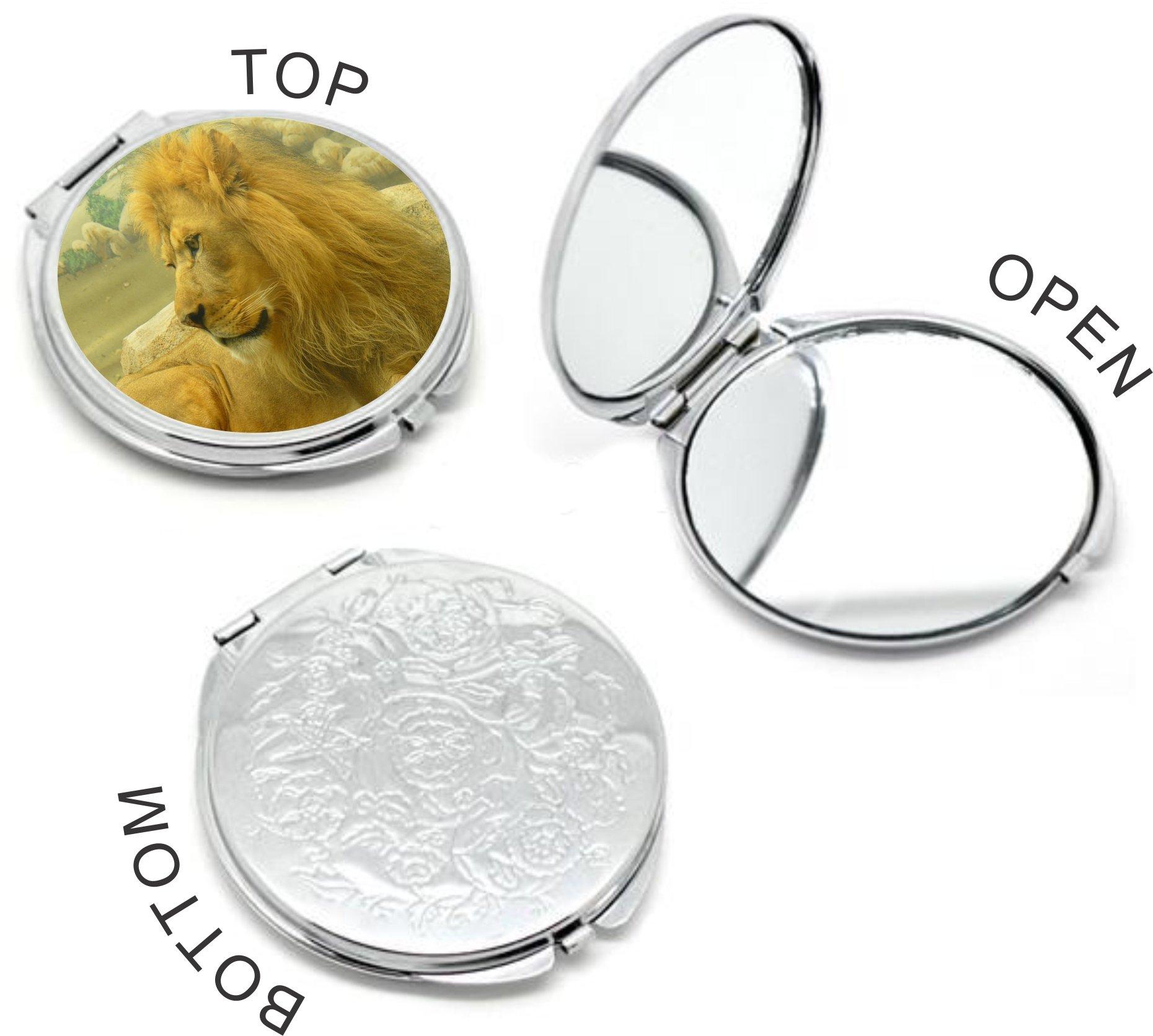 Rikki Knight Beautiful Lion King Close-Up Design Round Compact Mirror