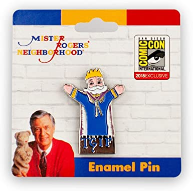 Amazon Com Limited Edition Mr Rogers King Friday Tgif Exclusive Enamel Collector Pin Blue Clothing