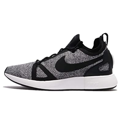 NIKE Womens WMNS Duel Racer Knit       Black BlackDark Grey       55 US